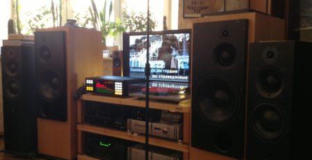 Монтаж профессионального аудио-оборудования для дома фото